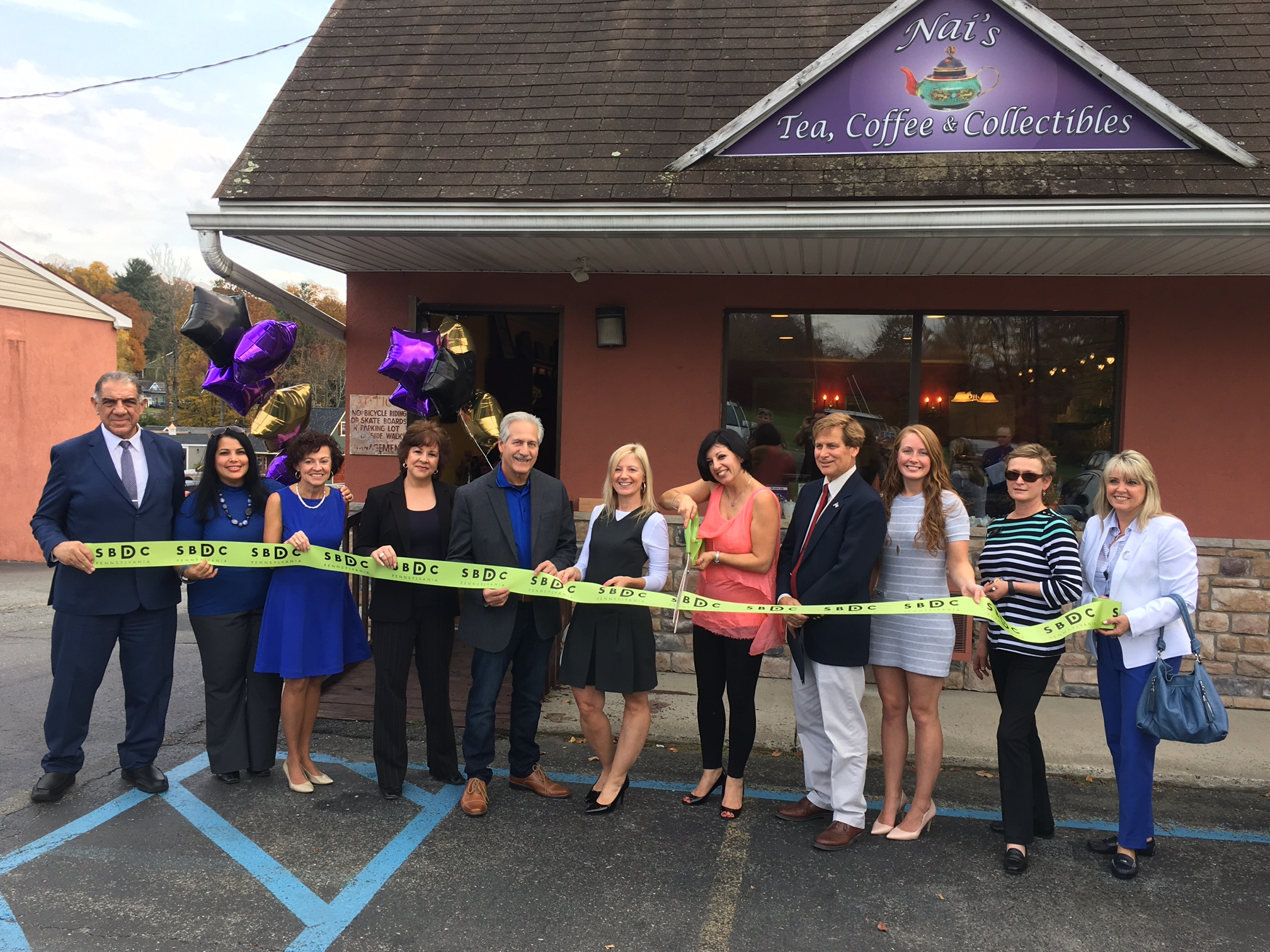 New Business Alert – Nai's Tea, Coffee & Collectibles Opens in the Poconos